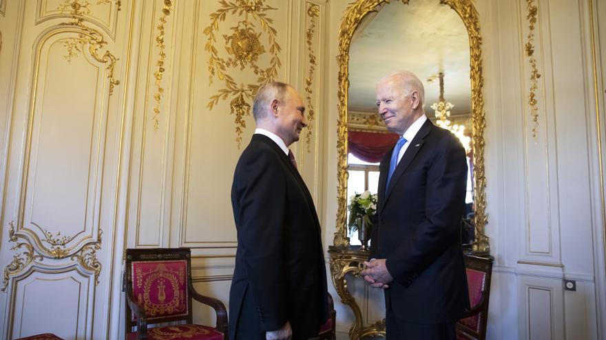 Joe Biden y Vladimir Putin se reúnen en Suiza