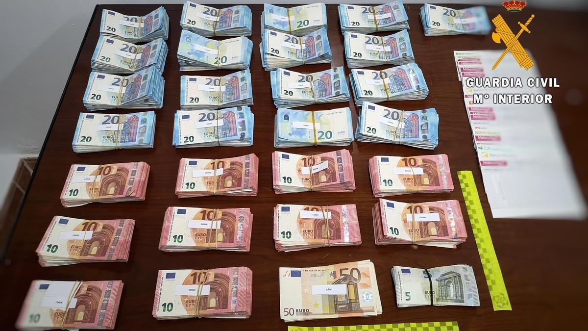 Dinero sin declarar incautado por Guardia Civil