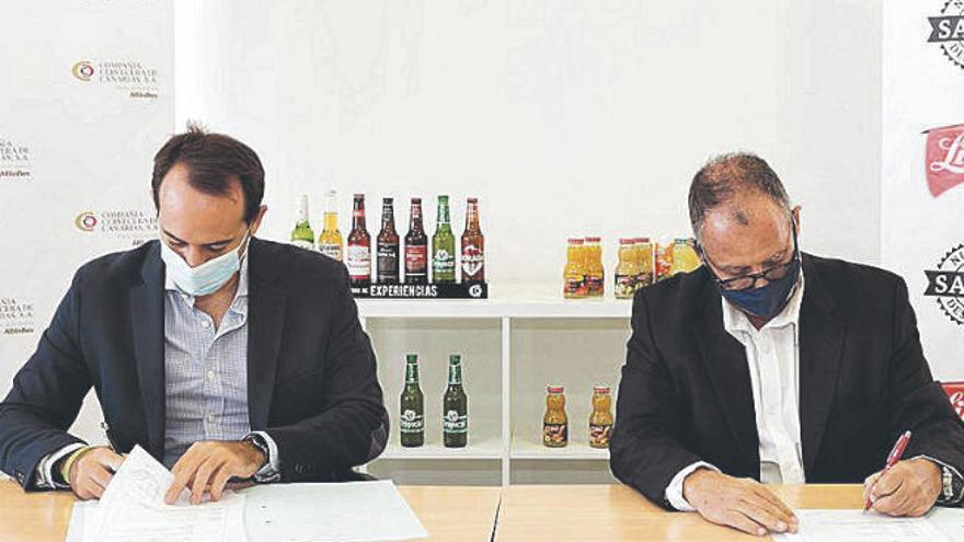 Compañía Cervecera y Libby's firman un acuerdo de colaboración