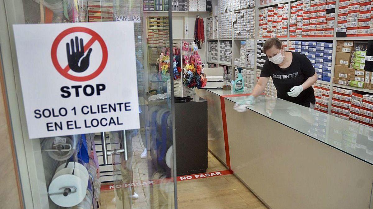 Un pequeño comercio de Pontevedra.