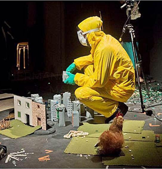 Un gran laboratorio de magia, sueños y marionetas