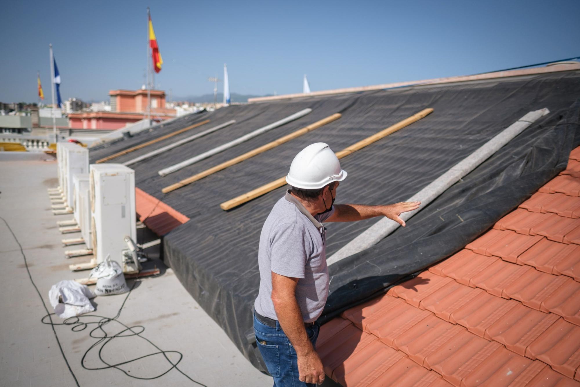Obras en la cubierta del Ayuntamiento de Santa Cruz de Tenerife