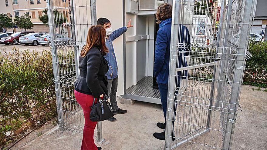 Instalan una cabina para medir la contaminación en el Cabanyal