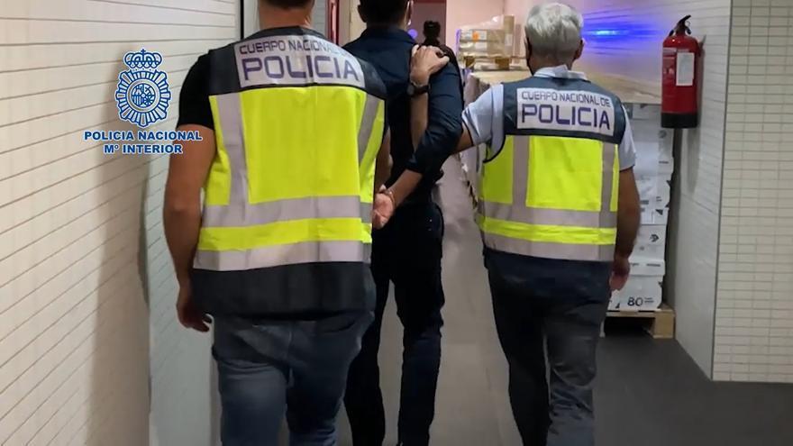 Prisión para el detenido en Alicante por agredir a un policía en un bus en Zaragoza