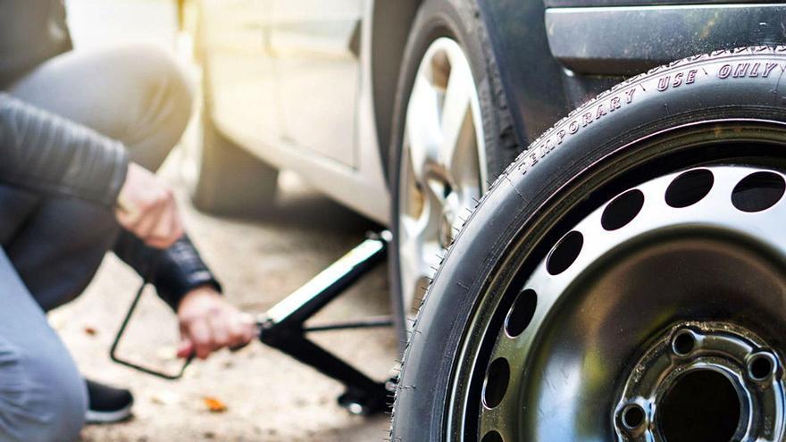 """¿Cuánto tiempo puedo circular con la rueda de repuesto o """"galleta""""?"""