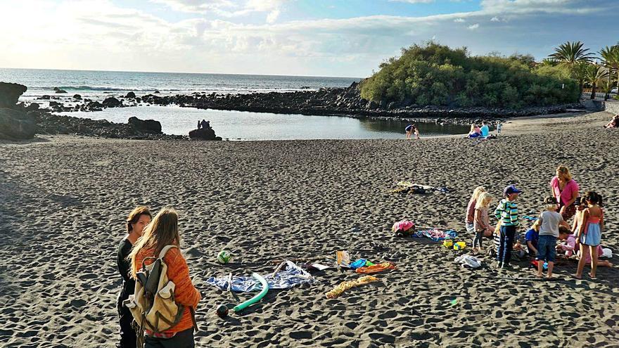 Un diario irlandés propone a la isla como destino vacacional seguro