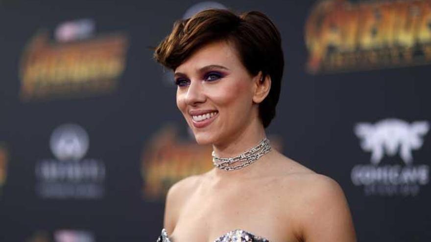 Scarlett Johansson responde a quienes critican su papel transgénero