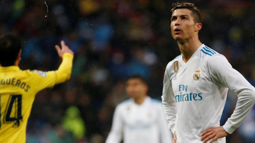 El Vila-real agreuja la crisi del Reial Madrid