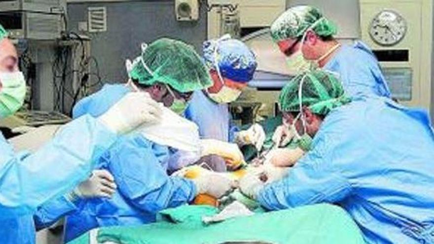 Warten auf die Operation wegen Corona: So ergeht es einer Deutschen