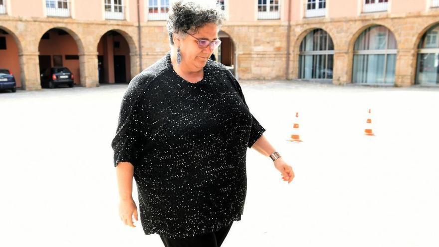Milagros Otero dimite como Valedora do Pobo