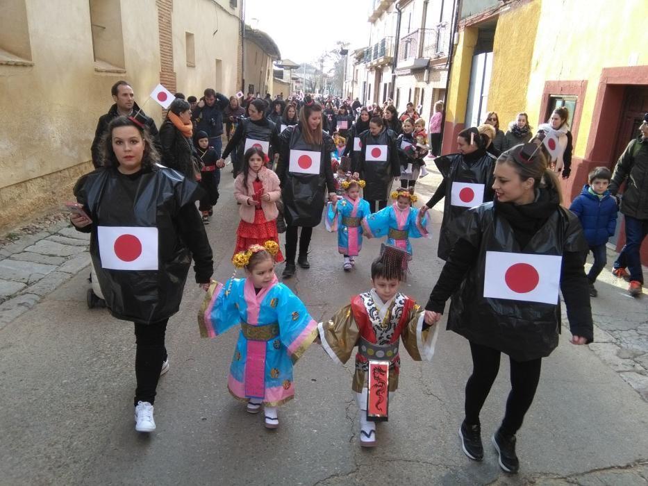 Carnaval en Toro: Desfile de chupetines