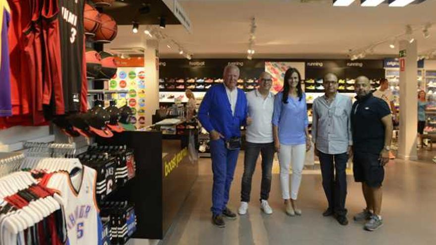 equilibrio Anestésico trabajo  Nueva tienda de Adidas en Puerto del Carmen - La Provincia