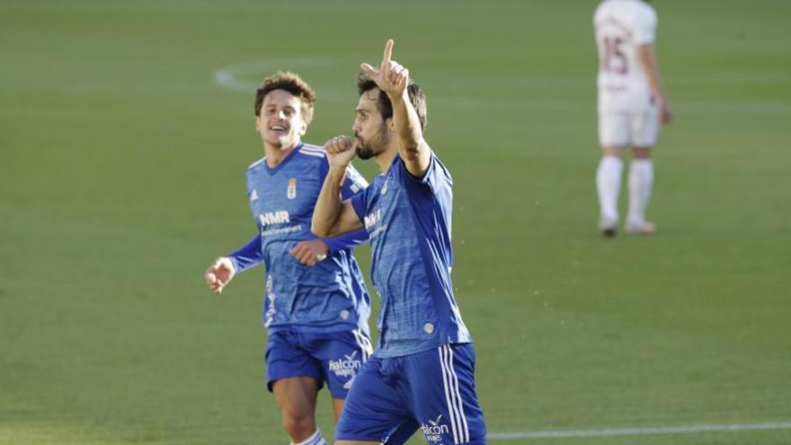 """Arribas, defensa del Oviedo: """"El objetivo es lograr los 50 puntos de la permanencia y luego pensar en el resto"""""""