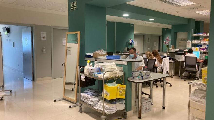 Los ingresados por covid en el hospital de Gandia bajan a 5