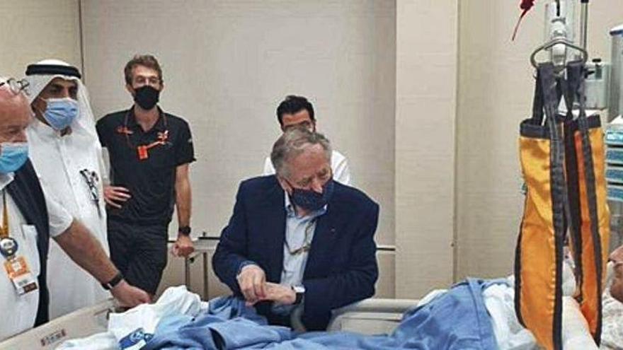 Grosjean y su primera foto en el hospital