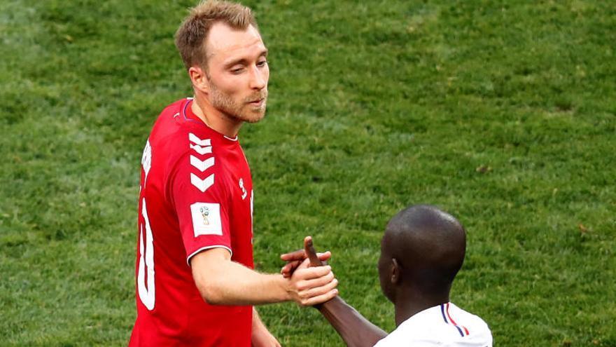 França i Dinamarca s'acontenten amb l'empat i avancen als vuitens