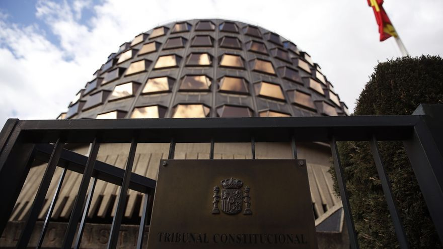 Criticar o atacar al Tribunal Constitucional