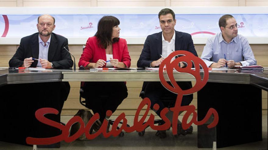 ¿En manos de quién está ahora el futuro del PSOE?