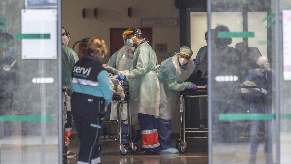 Córdoba dispondrá de 229 camas más y 45 de UCI para pacientes con covid