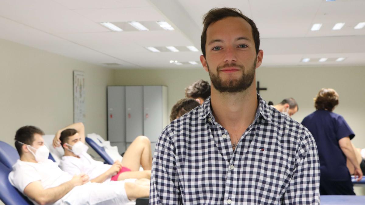 Antonin Biret, alumno de Fisioterapia, que participa en un proyecto solidario en Togo