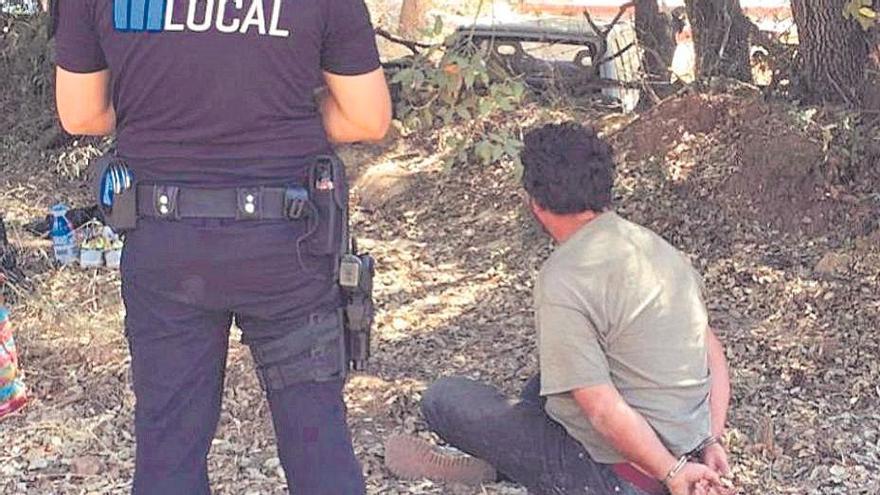 Vigilancia permanente a un pirómano para que no se aproxime a la Serra