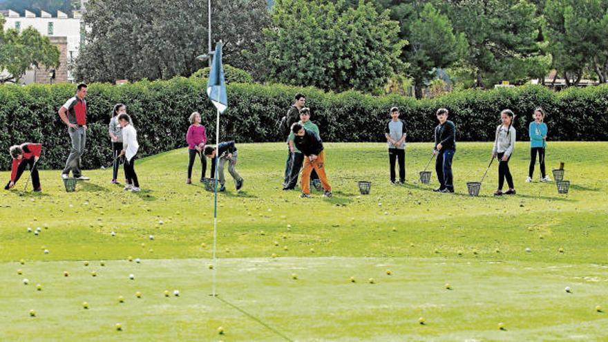 Eltern wollen Golf-Nachwuchs auf Mallorca nicht aus den Augen verlieren