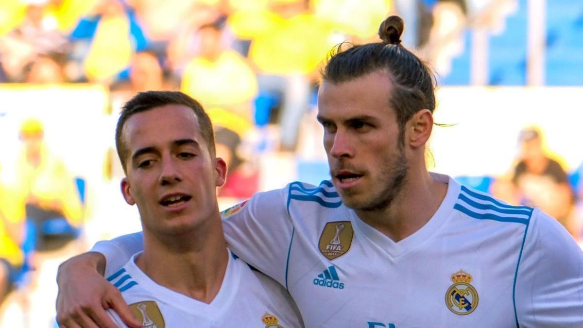 Lucas Vázquez junto con Gareth Bale.