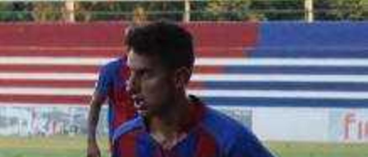 La UD Alzira vuelve a la competición con la recuperación de Higón y Luis García