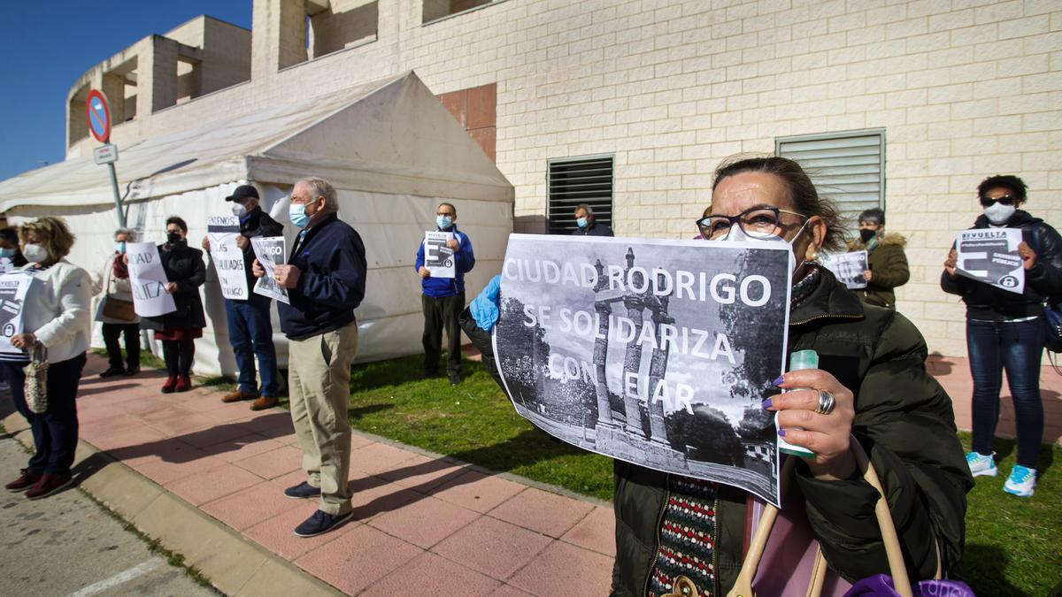 Concentración en Ciudad Rodrigo (Salamanca), en defensa de la Sanidad pública.