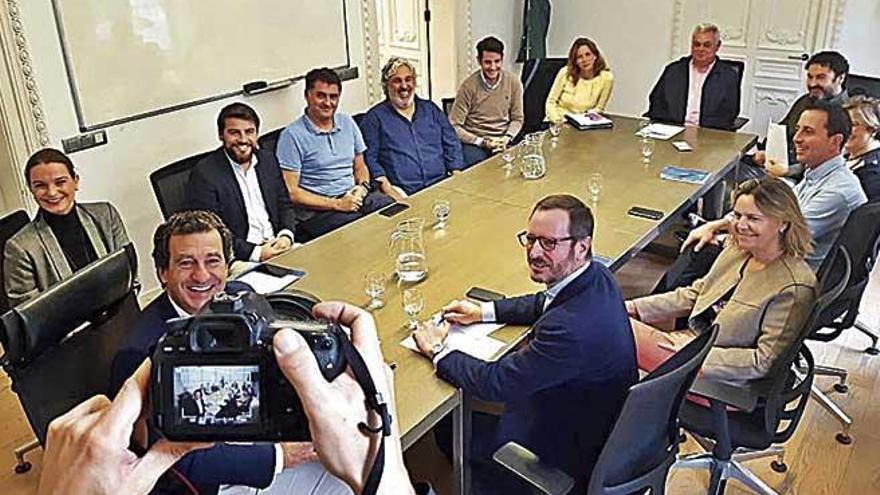 """Génova exhibe su apoyo a Biel Company: """"Nadie mejor que él para hablar de lo que pasa en Baleares"""""""