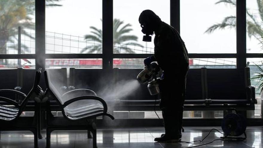 Passagiere klagen Erstattung der Kosten ausgefallener Flüge ein