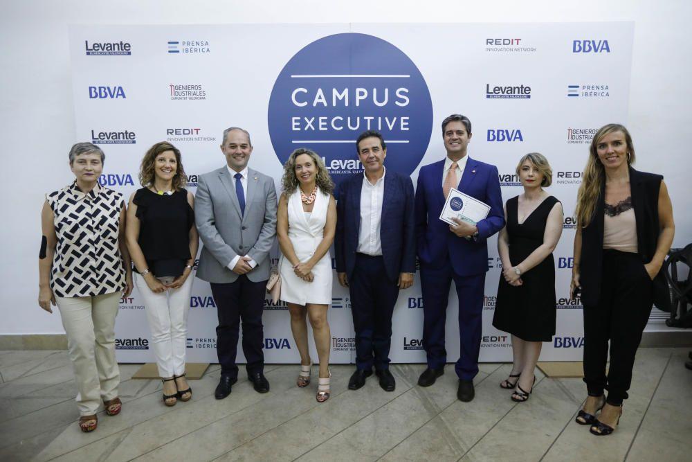 Clausura de Campus Executive y entrega de diplomas
