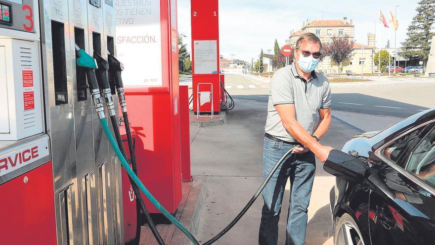 La luz y la gasolina disparan unos precios que en Castellón crecen el triple que los sueldos