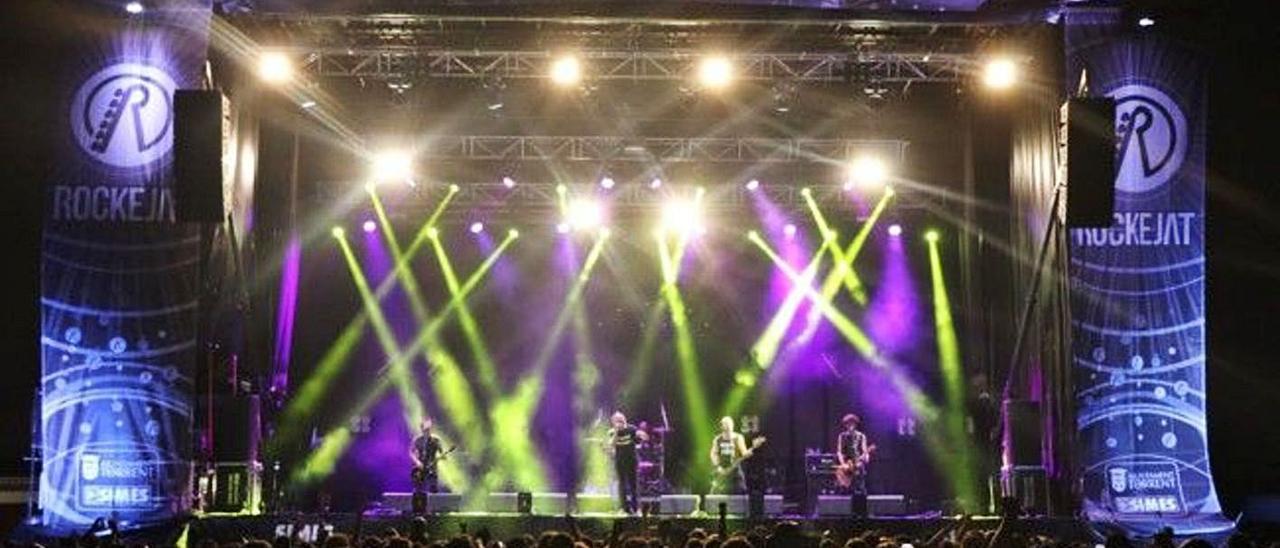 Imagen del festival Rockejat que se celebraba dentro de las fiestas de Torrent en julio.  | A. T.