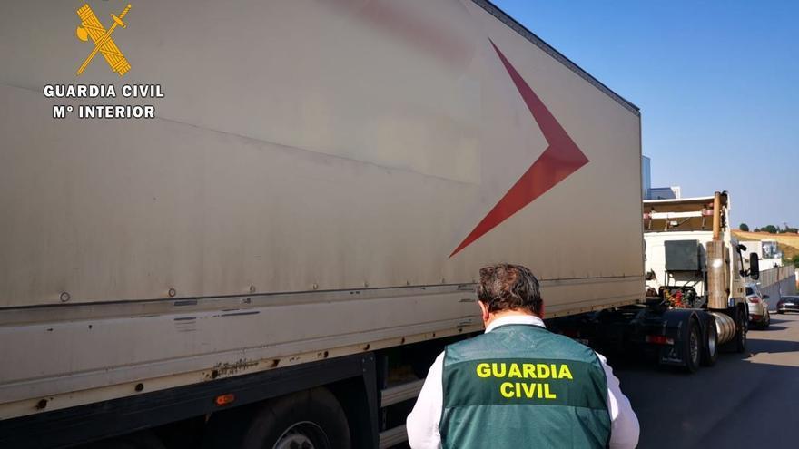La Guardia Civil investiga a cinco personas y dos empresas por apropiación indebida