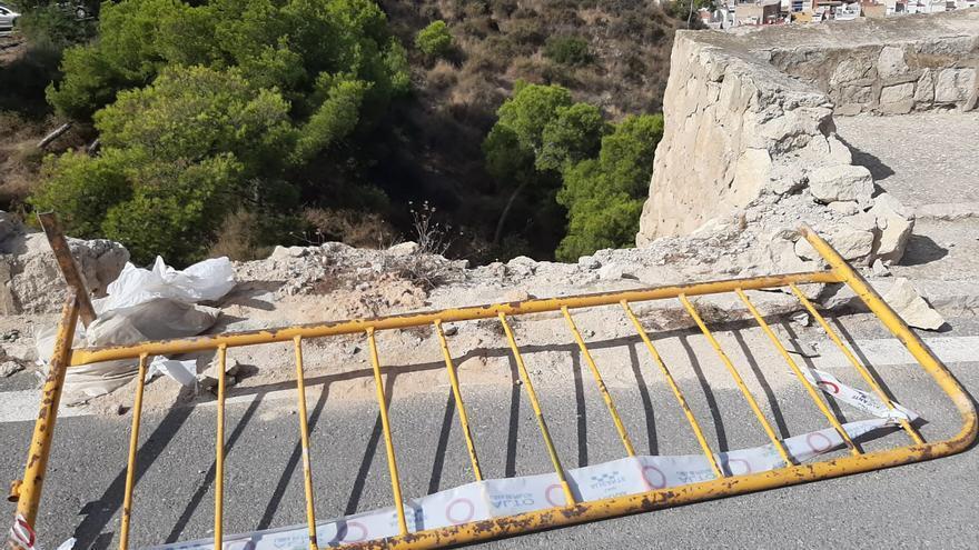 """El PSOE denuncia la """"dejadez"""" del equipo de gobierno hacia las instalaciones turísticas de Alicante"""