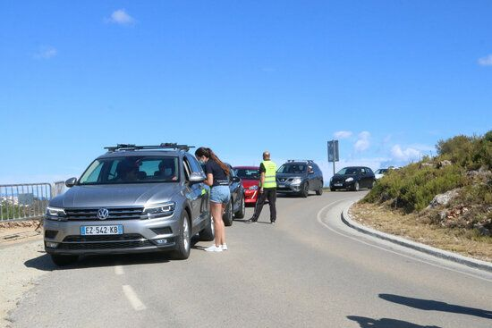 Vehicles intentant accedir aquest matí.