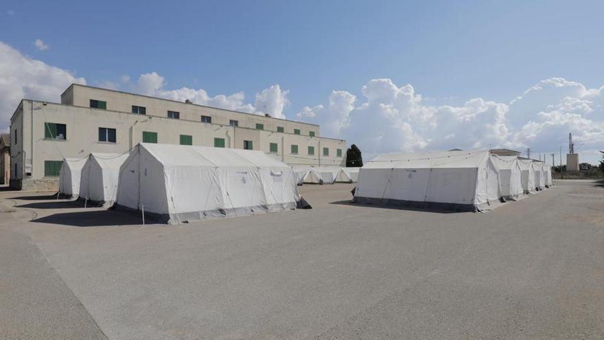 Lletra menuda | La gestión urgente de una acogida de acampada