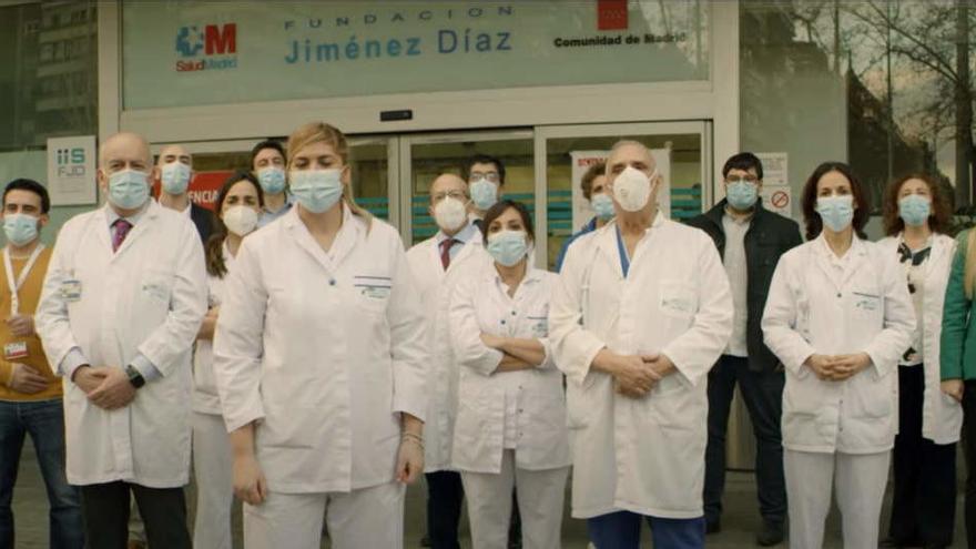 La Fundación Jiménez Díaz rinde en su aniversario un emotivo homenaje a todos sus trabajadores por el año de lucha contra la pandemia