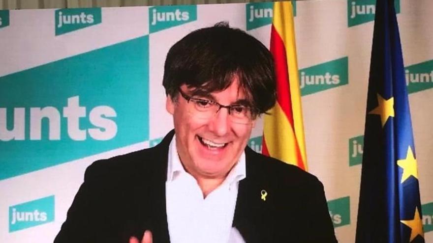 """Puigdemont pide cerrar el paso a la """"política inútil"""" de Illa"""