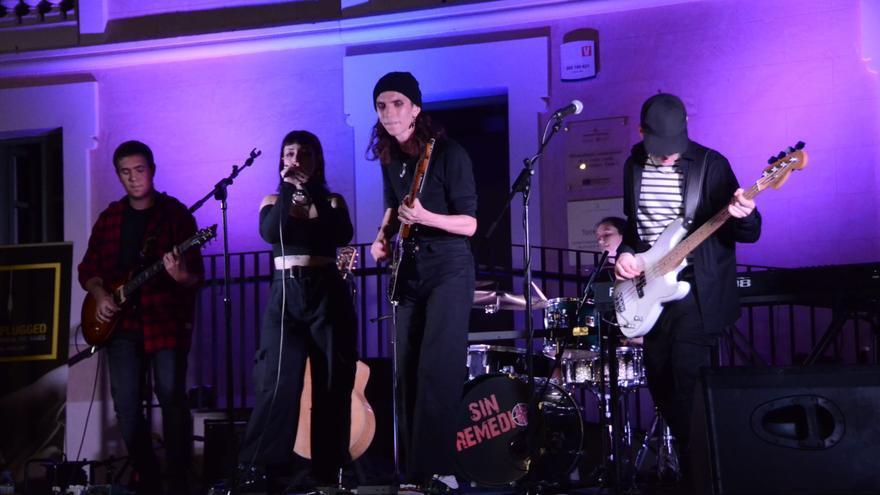 Actuacions del concurs Llumplugged de Manresa