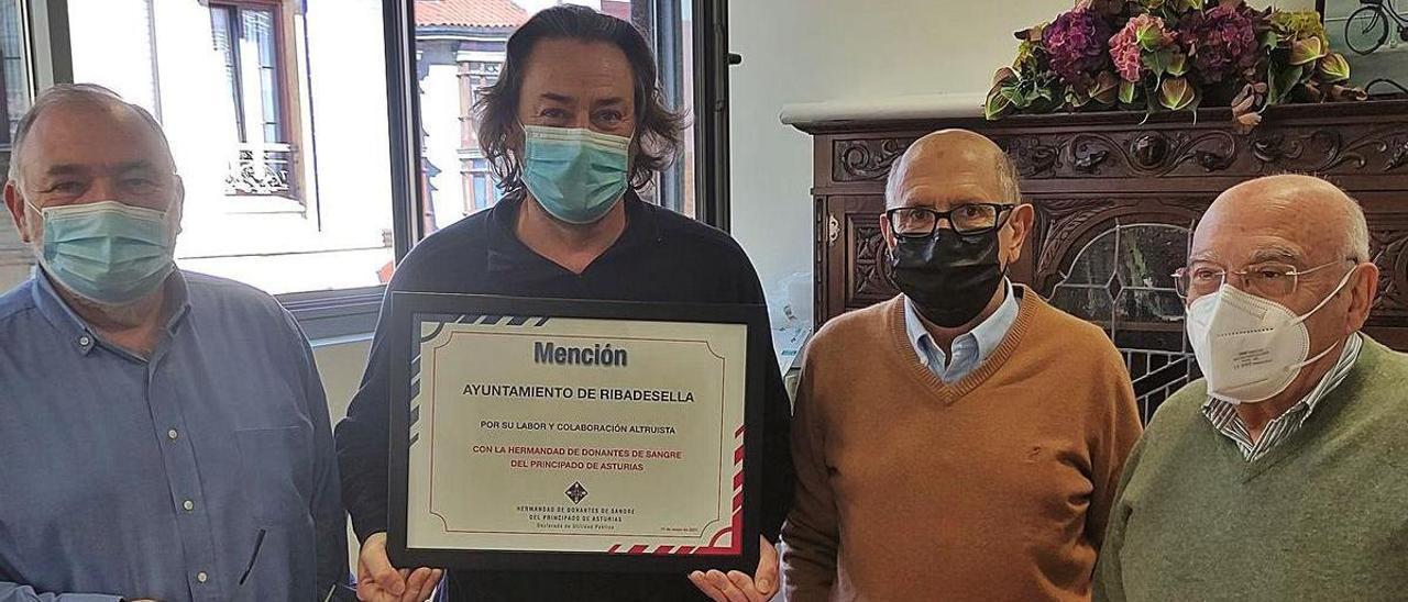 La Hermandad de Donantes de Sangre reconoce el apoyo de Ribadesella   R. P. T.