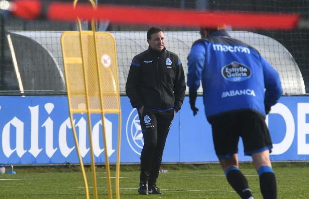 El Deportivo recibe en Riazor a su próximo rival, una final para el equipo después de encadenar cuatro jornadas consecutivas sin ganar.