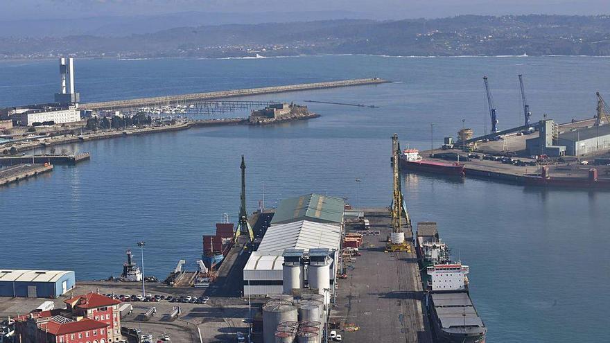 El plan portuario de la Universidad rebaja usos comerciales y hosteleros en Batería y Calvo Sotelo
