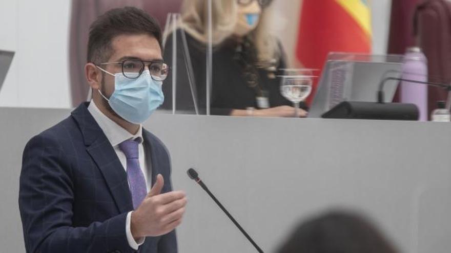 """El PSOE tacha de """"fracaso"""" la concesión de becas para niños de 0 a 3 años"""