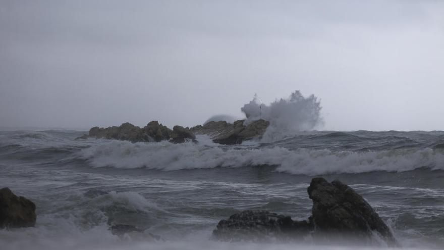 El temporal de pluja i mar afecta les comarques gironines