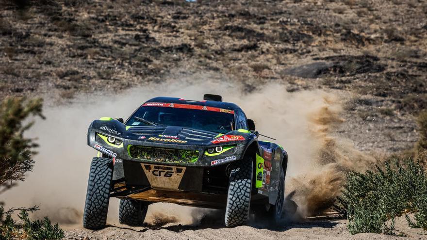 Sainz gana la primera etapa del Dakar y lidera la general