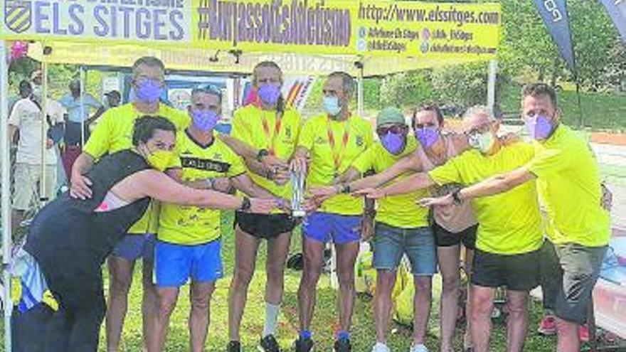 El club les Sitges de Burjassot se cuelga la plata en el nacional de 100 kms
