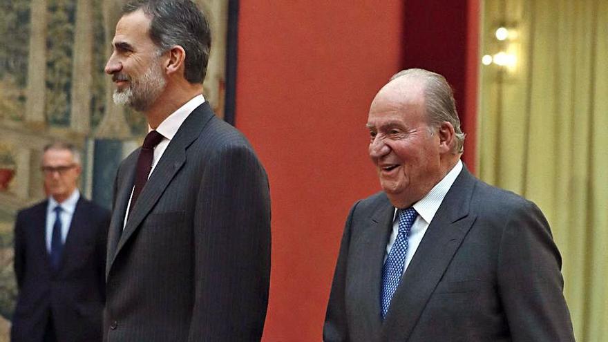 Joan Carles I vol pactar amb el seu fill una data per al retorn
