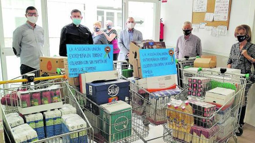 La Unión Extremeña dona alimentos a Cáritas